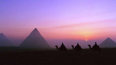Le Véritable Mystère Des Pyramides a Enfin Été Percé Pyramides-mathieu-laveau-44fed